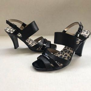 Worthington Shoes - Black faux leather Worthington sandals